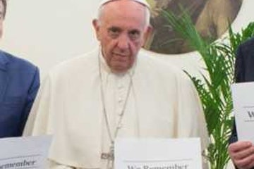 On Holocaust Remembrance Day, Pope warns against new nationalism | Reuters