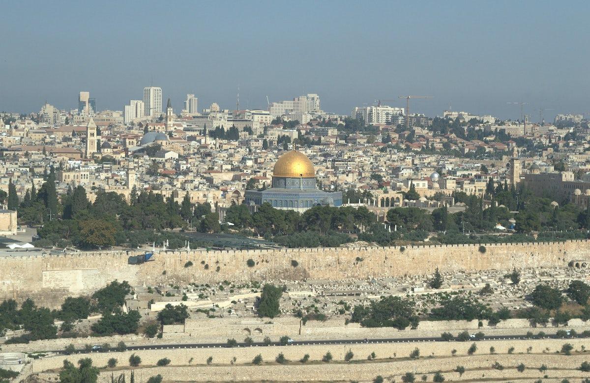 WJC President Ronald S. Lauder condemns Hamas rocket attack on central Israel