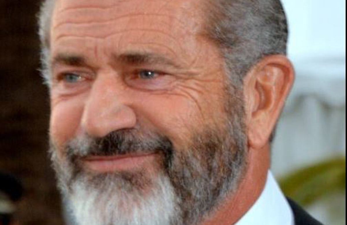 Mel Gibson apologizes for anti-Semitic slur at Jewish police officer