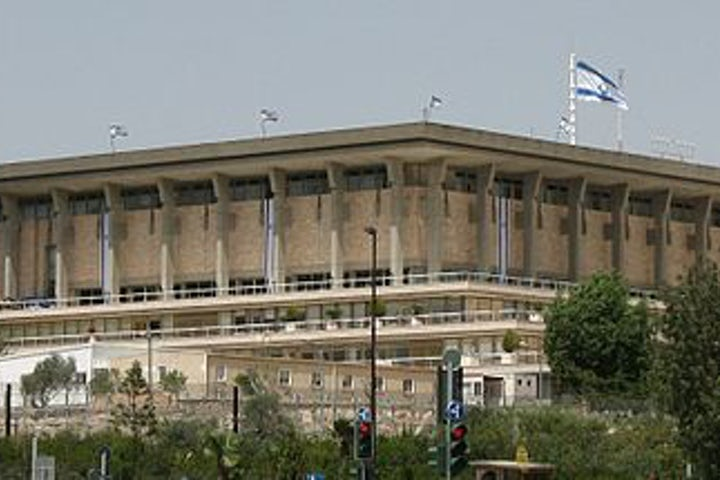 Lapid blames failed Israeli PR for rise in antisemitism, Israel bashing
