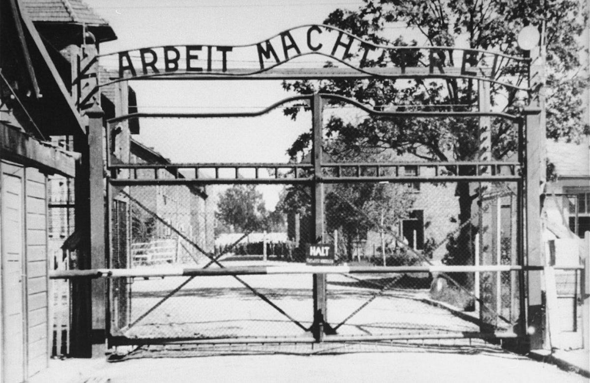 This week in Jewish history   Prisoner attempt unsuccessful revolt at Auschwitz