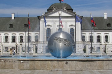 Slovakia government apologizes for WWII anti-Jew laws