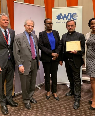WJC presents first Raphael Lemkin Award for the fight against genocide