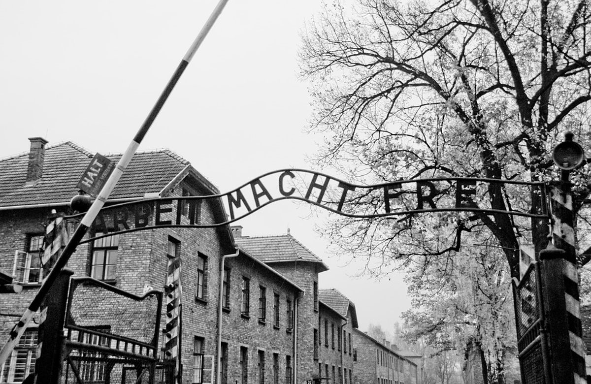 World Jewish Congress urges historical accuracy in Holocaust portrayal