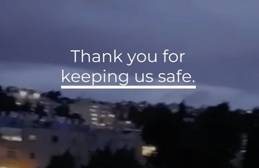 Israelis show appreciation for healthcare workers fighting the coronavirus