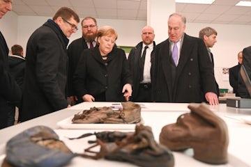 WJC President Ronald S. Lauder thanks  Angela Merkel for Contribution toward Auschwitz Preservation