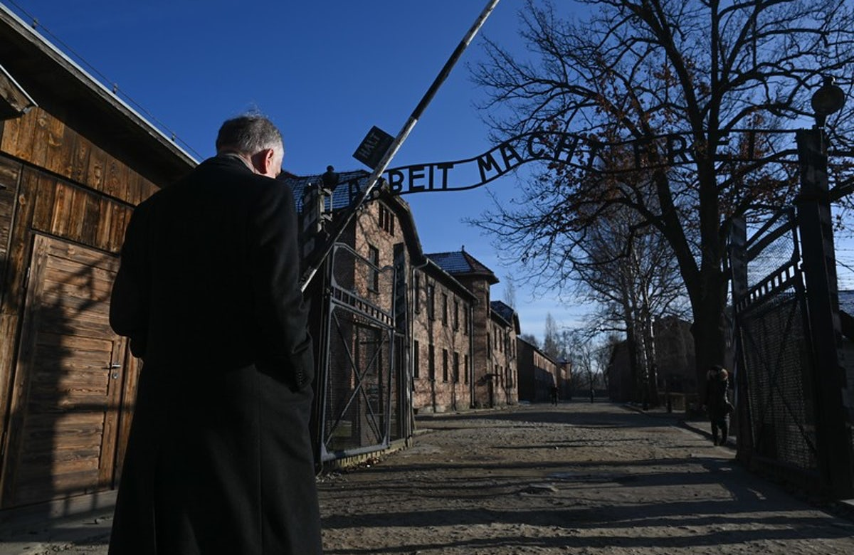27 January 2020: World Jewish Congress President Ronald S. Lauder to address Holocaust survivors, dignitaries at 75th anniversary of Auschwitz liberation