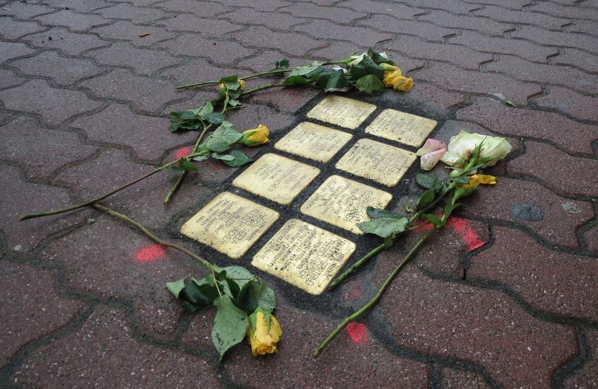 Stumbling stones commemorating Holocaust victims to be replaced after accidental removal