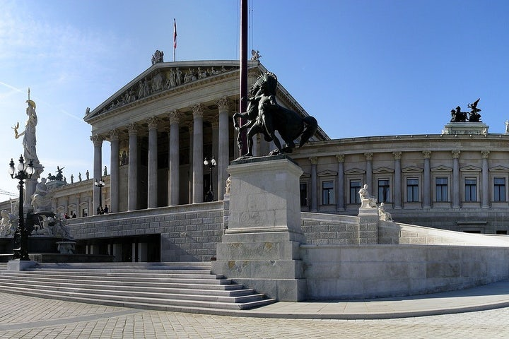 Austrian parliament unanimously condemns BDS movement