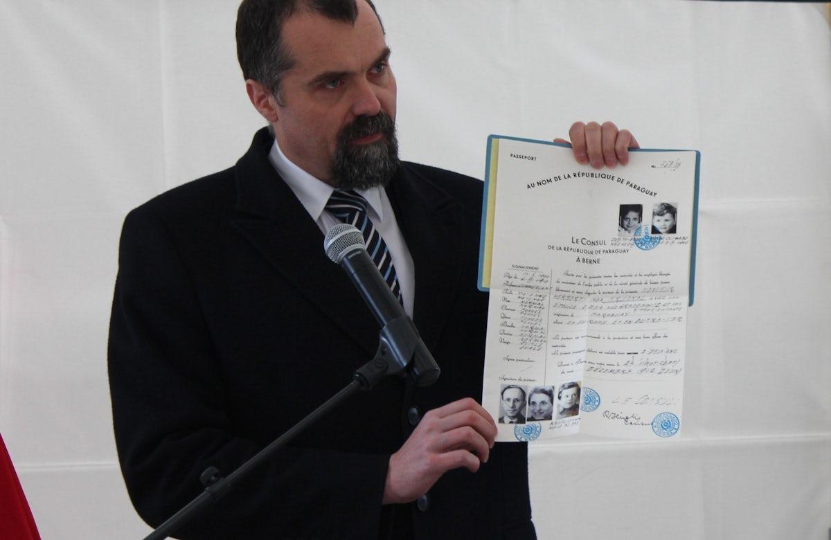 Plaque unveiled in Geneva honoring Abraham Silberschein, Polish Jewish activist who tried to save Jews from Nazi destruction