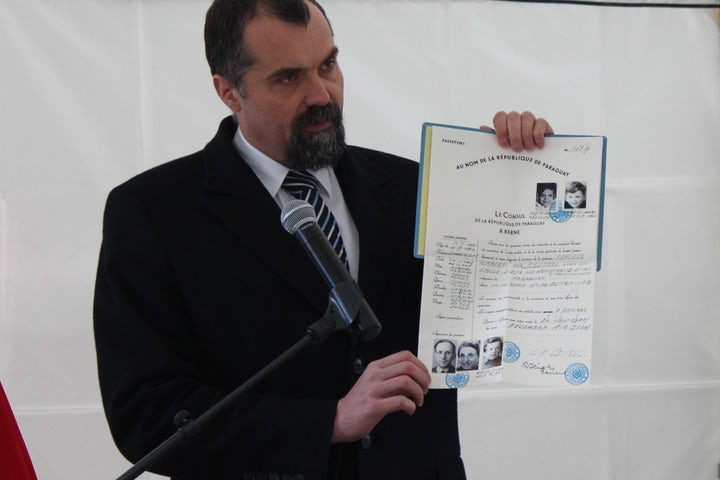 Honoring a Polish Jew who tried to save fellow Jews from Nazis
