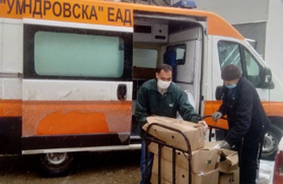 Amid coronavirus pandemic, WJC affiliate in Bulgaria teams up with local services to deliver food and supplies