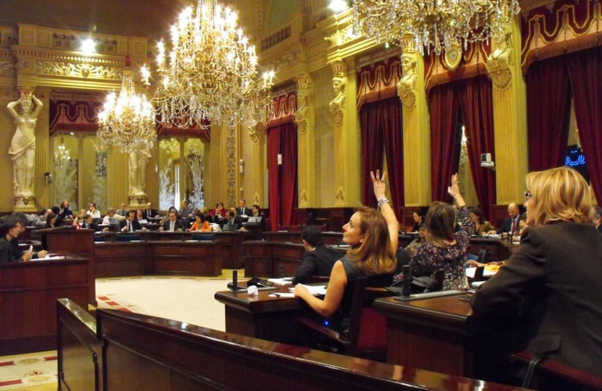 Spanish Balearic Islands Parliament adopts IHRA definition of antisemitism
