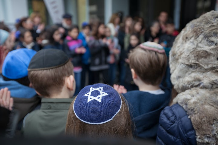 Swiss Jews increasingly concerned about antisemitism, according to recent survey