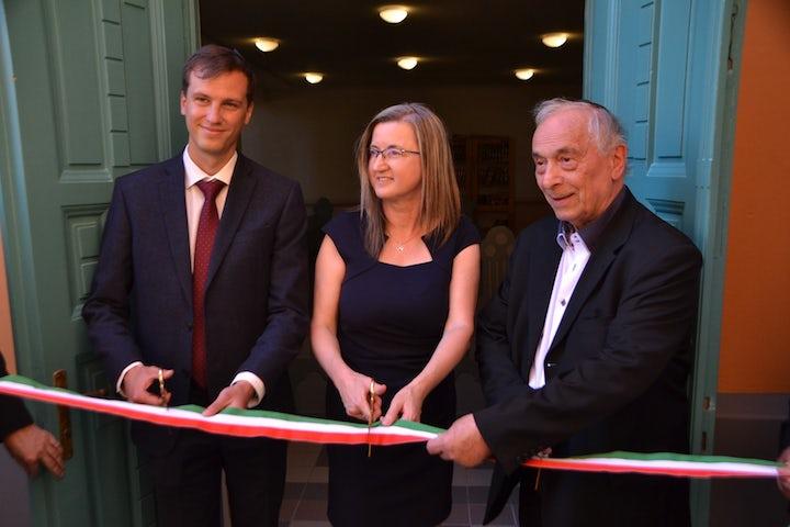 Hungarian city celebrates renovation of synagogue