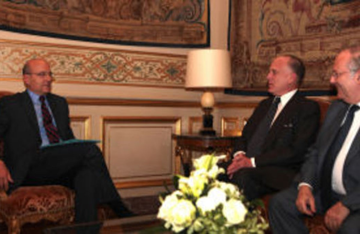Lauder and Prasquier discuss situation in Middle East with French FM Juppé