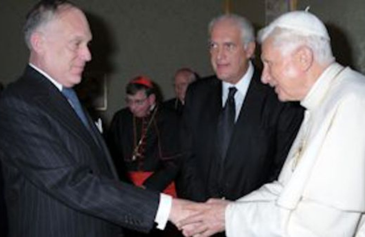 Benedict XVI welcomes first-ever Latin American Jewish delegation at Vatican
