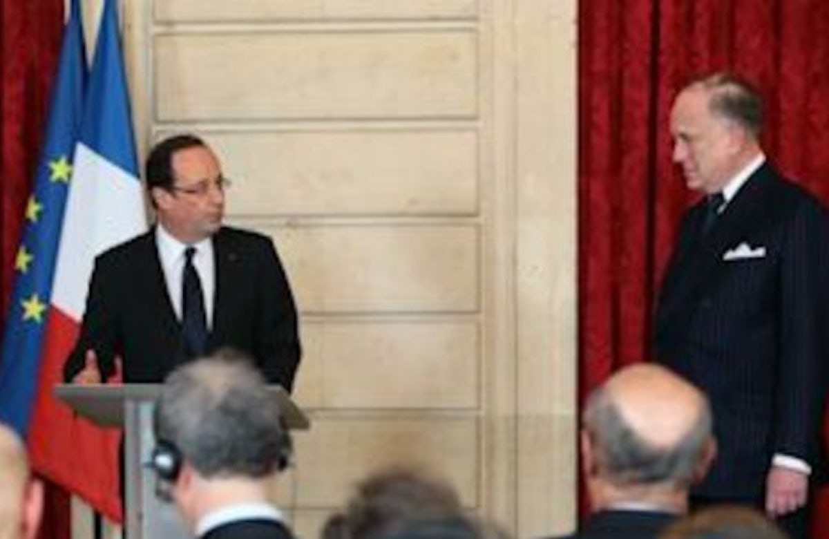 Paris: French president honors WJC leader in ceremony