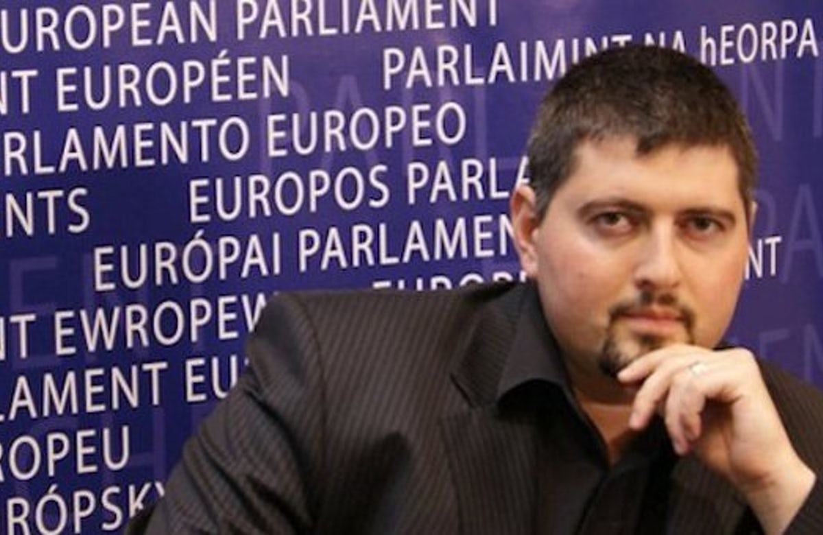 Hungary: Former leader of anti-Semitic party embraces Judaism after discovering Jewish ancestry