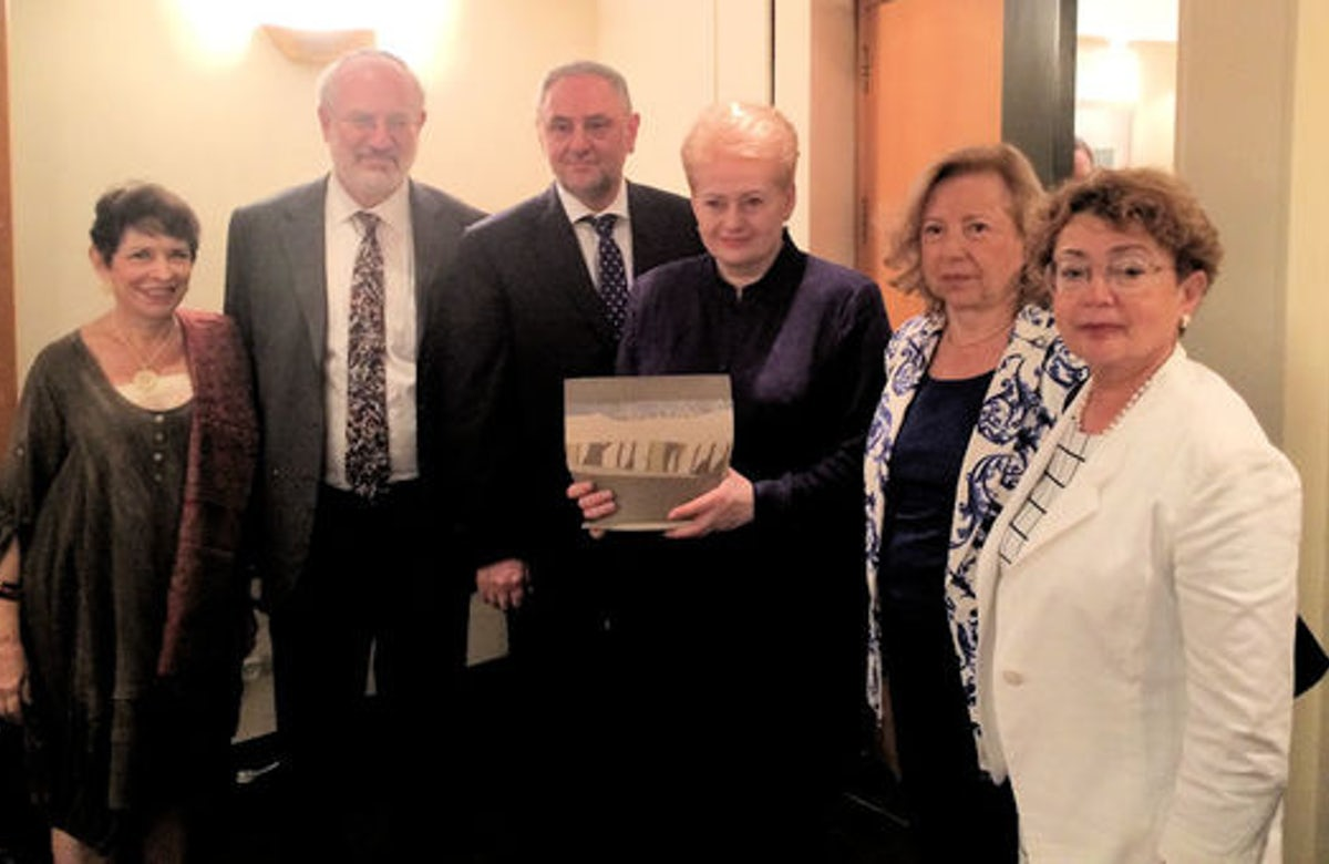 Lithuanian president meets with World Jewish Congress leaders in Israel