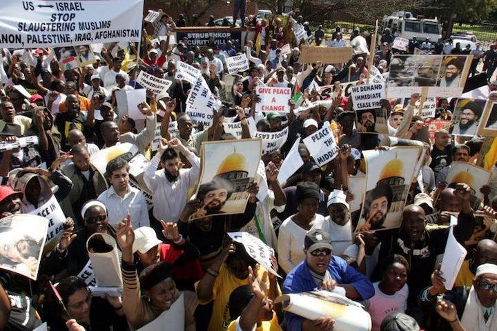 South Africa: Anti-Israel campaign puts Jewish community life at stake, Jewish leader tells parliament