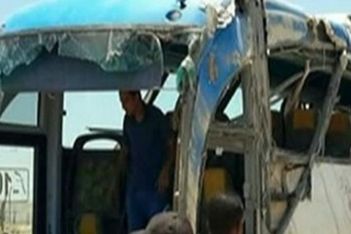 Egypt: More than two dozen killed in attack on bus of Christians