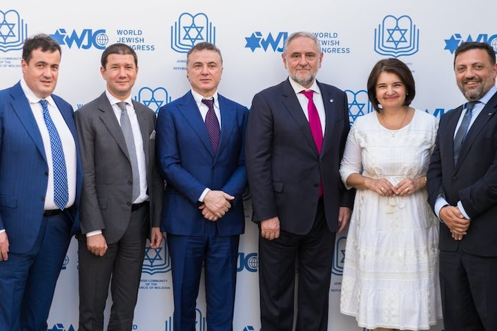 On visit to Moldova, WJC CEO Robert Singer underlines importance of Holocaust preservation and adopting universal definition of antisemitism
