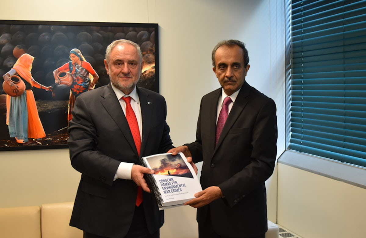 World Jewish Congress presents UNEP with petition signed by more than 22,000 condemning Hamas' environmental crimes