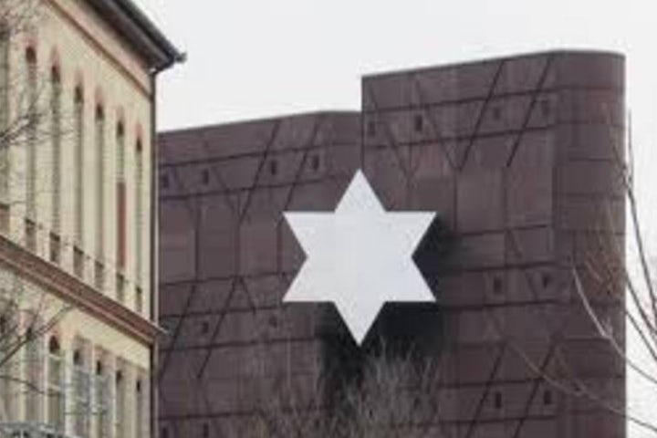 Orban in letter to Lauder: Hungary has seen 'sharp decrease' in antisemitism