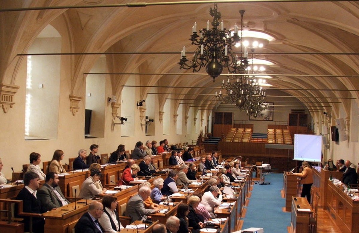 WJC President Ronald S. Lauder welcomes adoption of IHRA definition of antisemitism by Czech Parliament's Lower House