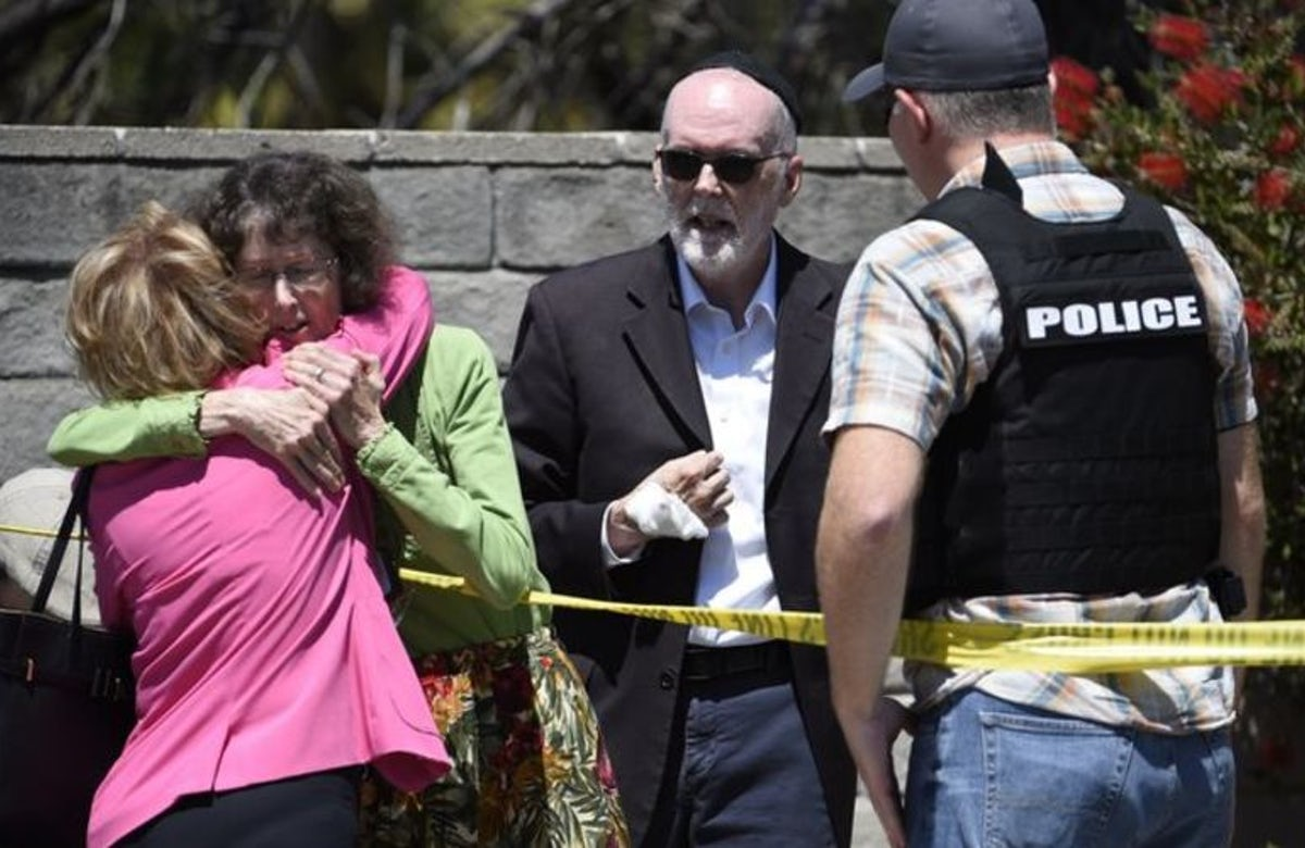 WJC President Lauder condemns vicious attack on California synagogue