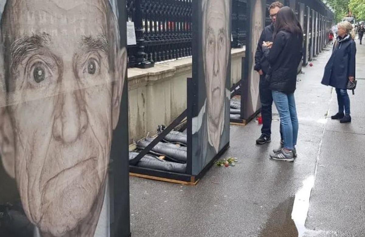 WJC condemns desecration of Holocaust photo exhibit in Vienna