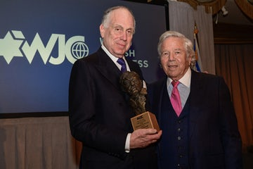 Robert Kraft accepts WJC's Teddy Kollek Award. (Photo credit: Shahar Azran)